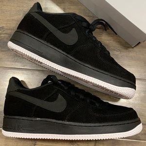 NIKE AIR FORCE 1 LV8 STYLE (GS) black/black-white